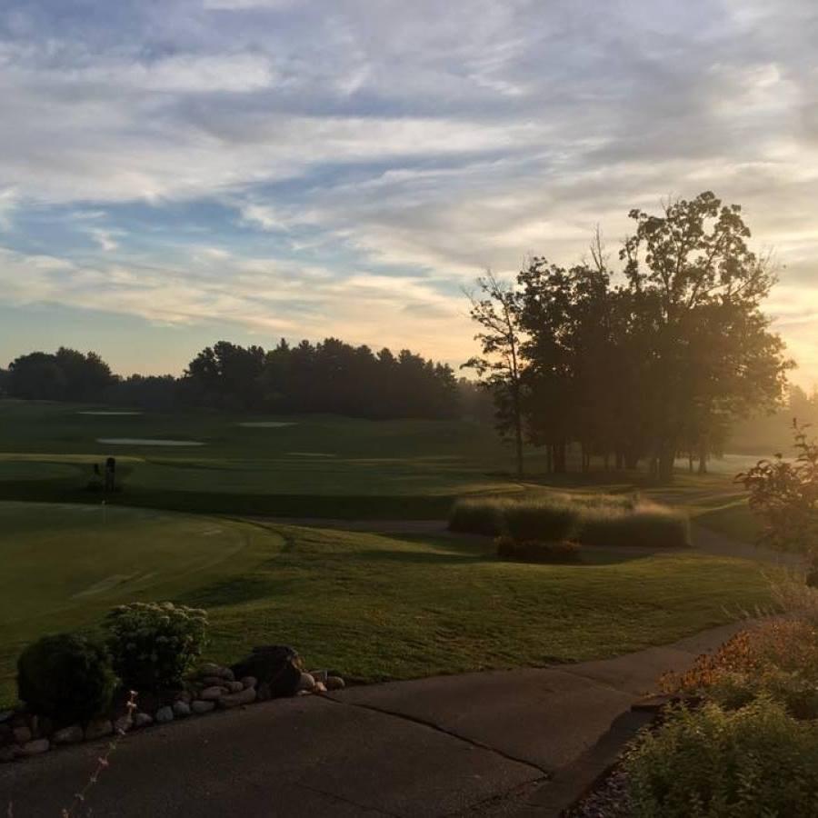 Emerald Golf Courseๅ