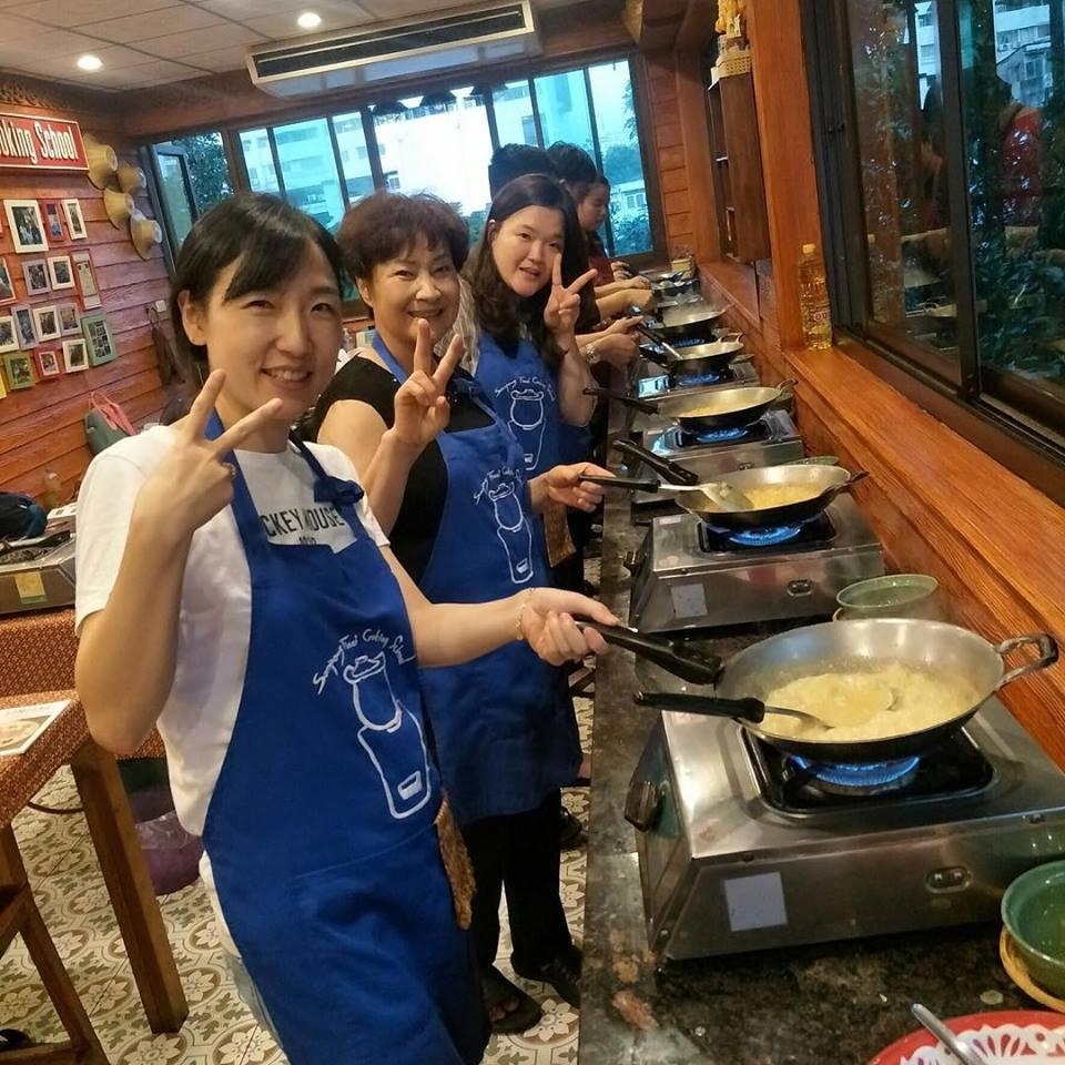 Somphong Thai Cooking School 4