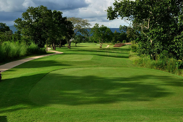 Mountain Creek Golfing at Khao Yai