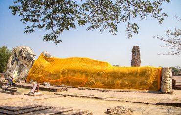 Wat-Lokayasutharam-Ayutthaya